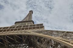 Torre Eiffel 4 (CarlosJ.R) Tags: eiffel francia pars torre torreeiffel