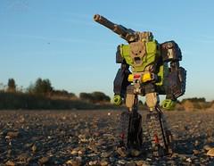 Titans Retun - Hardhead (Klinikle) Tags: transformers titans return autobot headmaster hardhead furos duros tank vehicle military battle
