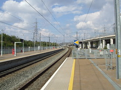 Ebbsfleet International Station looking towards London. (DesiroDan) Tags: highspeed1 ebbsfleetinternationalstation eurostar southeasternhighspeed railwaystationsintheuk