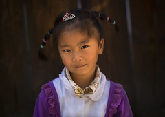 Chinese Girl In The Street, Xizhou, Yunnan Province, China (Eric Lafforgue) Tags: china portrait people color colour horizontal person asia innocence  yunnan kina chin cina oneperson chine bai onepeople xina frontview  eastasia  chineseculture realpeople tiongkok  chiny  kna in lookingatcamera colorpicture yunnanprovince childrenonly 67years 1people  onegirlonly  trungquc na   kitajska tsina      eastasianethnicity 78years  a0007341