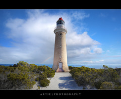 Cape Du Couedic Lighthouse, Kangaroo Island, South Australia :: HDR (Artie | Photography :: I'm a lazy boy :)) Tags: sea lighthouse water photoshop canon landscape landscapes sandstone australia wideangle granite handheld adelaide southaustralia ef 1740mm f4 hdr kangarooisland 1909 artie cs3 25m capeducouedic 3xp llens photomatix tonemapping tonemap 5dmarkii 5dm2