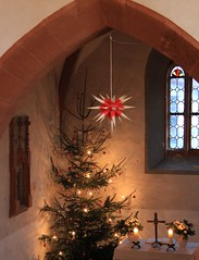 Christmas Eve in the church of Brden (:Linda: (till the end of the year OFF)) Tags: church window lamp germany weihnachten star candle village christmastree thuringia altar herrnhuterstern inside christmaseve christmastime heiligabend brden churchinside