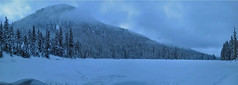 Cooper Lake panoramic view (johnwporter) Tags: hiking scramble scrambling climbing cascades wilderness pacificnorthwest nature mountains cooperlake lake snowshoe 徒步 爬行 爬山 喀斯喀特山脈 荒野 大自然 山 古柏湖 湖 雪鞋 雪鞋行