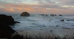 Face Rock at Sunrise (John Behrends) Tags: face sunrise surf pentax pacificocean oregoncoast facerock bandonoregon pentax200d smcppentax1224f4edif