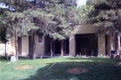Chaee-Khaneh (Tea house) at Chehel Sotoun park