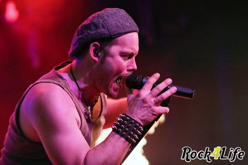 Heroes of Rock  Rock4Life Oudejaarsparty 2012 (30)