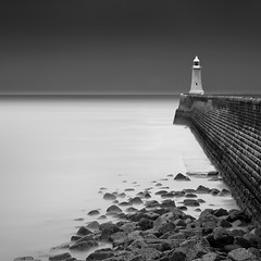 Tynemouth Lighthouse (Alistair Bennett) Tags: longexposure sunset lighthouse seascape mono rocks dusk northsea tynemouth sentinel tynewear rivertyne gnd045se nikkorafs70200mmƒ28gedvrii