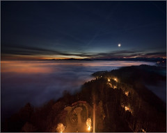 Dawn Over Cloudlake Zrich (johnr71) Tags: city winter moon lake night canon dawn lights switzerland 5d zrich uetliberg sntis uto glrnisch kulm albis albiskette laternenweg pfannenstil seegemeinden aussichtsrurm