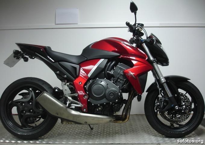 Fotos da Honda CB 1000R Vermelha