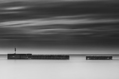 The Space Between (Explore) (simon.anderson) Tags: longexposure seagulls sussex explore hastings explored simonanderson nikon1685 nikond300s hitechprostopper leehardndgrad09