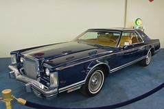 1977 Lincoln Continental Mark V Bill Blass Edition (US)