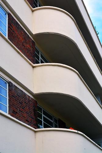 Lichfield Court / Balcony curves