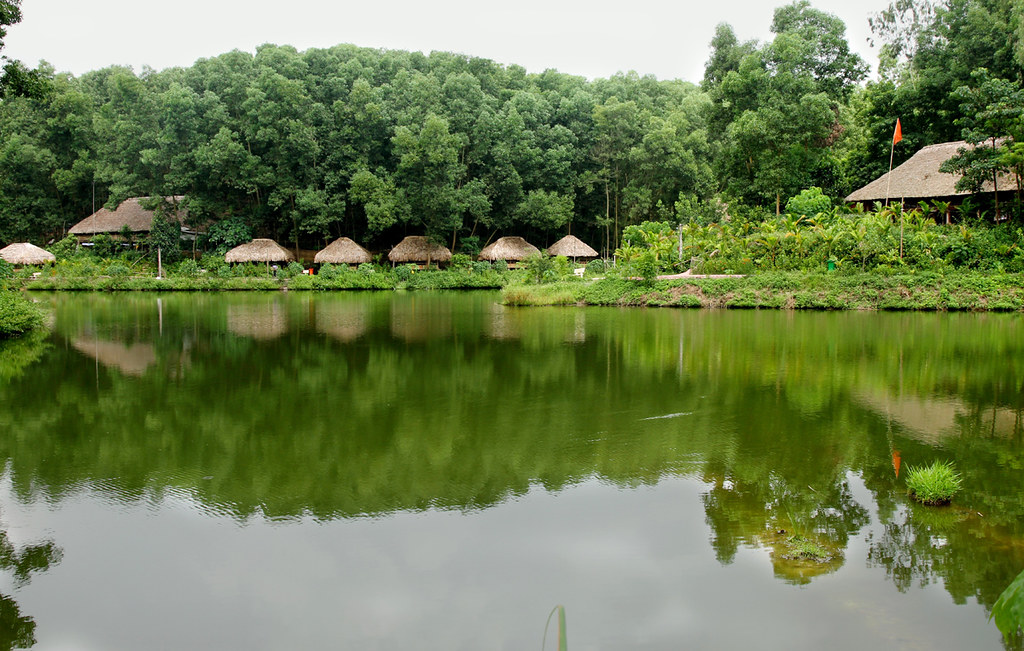 Khu du lịch sinh thái Ngầm Đôi