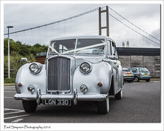 Austin Wedding Car (Paul Simpson Photography) Tags: august2016 austinprincess 1960s 1965 sonya77 humberbridge paulsimpsonphotography photoof photosof imagesof image car carshow classiccar classiccars vintagecarshow vintagecar bartonuponhumber british britishcars weddingcar