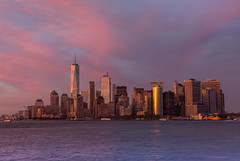 New York Skyline (lukas.b0) Tags: land usa amerika newyorkcity landschaft orte canoneos6d sonnenuntergang farben stadt cityscape wolkenkratzer skyline newyork reisen america canon city color colors farbe landscape skyscraper sunset town us manhattan