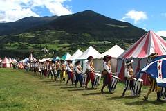 La sfilata (meghimeg) Tags: 2016 sluderno altoadige sfilata colore color folklore montagna medioevo