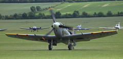 Spitfire 20 20120701 (Steve TB) Tags: flyinglegends 2012 iwm duxford canon eos5dmarkii supermarine spitfire mkvb ep120