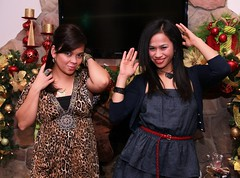 Christmas '12081 (Ramon Marcelino) Tags: friends party portrait holiday pose asian fun december flash christmasparty tamron 2012 zoomlens strobist tamron1750mm28 60d filipinabeauties philippineroots