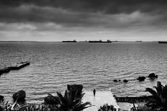 Lungomare, Taranto (Luca Napoli [lucanapoli.altervista.org]) Tags: nuvole taranto rx100 lungomareditaranto lucanapoli natale2012 25122012 sonyrx100 rx100streeet pontilerota