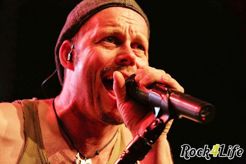 Heroes of Rock  Rock4Life Oudejaarsparty 2012 (22)