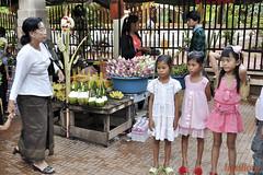 Scene de rue Street life (geolis06) Tags: temple asia cambodge streetlife asie siemreap angkor geolis06