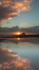 Curtain Call - Great Mewstone (Twogiantscoops) Tags: sunset seascape southwest clouds canon reflections coast plymouth devon 5d sunburst 1740mm wembury leefilters greatmewstone southams iplymouth twogiantscoops mewtsone