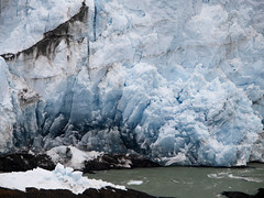 el magico Perito Moreno (heidiontherock) Tags: blue santacruz mountain ice nature water argentina fire frozen magic olympus glacier alive peritomoreno elcalafate