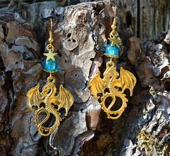 DSC_0152-1 (Chaumurky) Tags: jewelry jewellery bijoux fantasyjewelry dragon earrings dragonearrings dragonjewelry