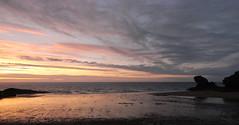 llangrannog (the incredible how (intermitten.t)) Tags: llangrannog ceredigion beach seaside sunset sea sky 20160824 7855