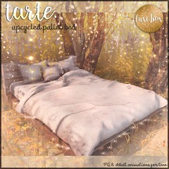 tarte. upcycled pallet bed for Luxe Box September (tarte.) Tags: tarte luxe box lb second life sl