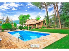 Vacation guest services in spain (caribbeancasas1) Tags: vacation guest services spain