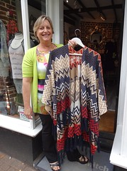 Lolly and Mitch at Tring (Snapshooter46) Tags: lollyandmitch ladiesfashions womensfashions highstreet tring clothesshop shopkeeper hertfordshire