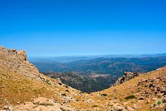 Vue sur la Grande Kabylie (Ath Salem) Tags: algrie tiziouzou at boumahdi tikjda bouira montagne djurdjura main du juif thaletat altitude moutain promenade tourisme dcouverte fort route vertige             stade kabylie