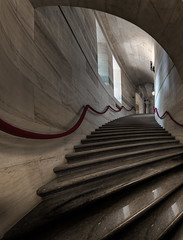 Elks National Veterans Memorial - Stairway (Jovan Jimenez) Tags: canon eos 70d tokina atx 116 pro dx ii 1116mm f28 illinois elks national veterans memorial stairway fraternal organization chicago interior indoor architecture marble kolor autopano autopanopro giga pano panorama texture gigapixel pixel nik collection