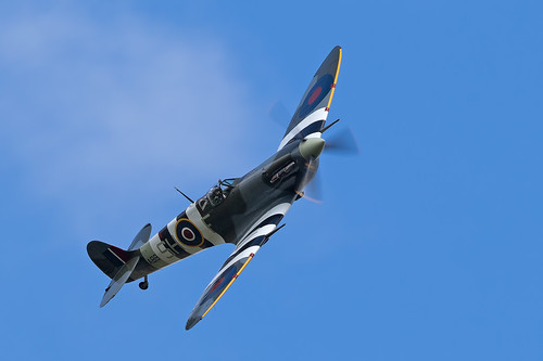 Spitfire AB910