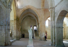 Trancept, Abbaye de Fontenay