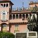 Bell'edificio nella Plaza Bolivar (Casco Antiguo)