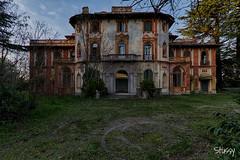 1967-31 (StussyExplores) Tags: villa 1967 italian italy derelict mansion hotel wine cobwebs grand decay abandoned explore exploration left behind urbex
