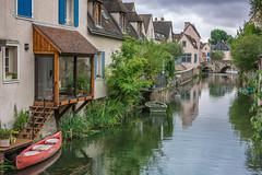 Street, Chartres (giualia) Tags: france francia street dinan travel bretagna brittany chartres nikonflickraward ngc
