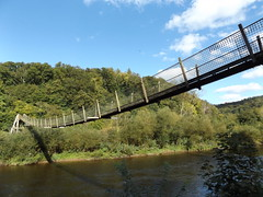 Biblins Footbridge, Monmouthshire, 22 September 2016 (AndrewDixon2812) Tags: biblins bridge suspension footbridge symonds yat gloucestershire herefordshire forest dean bracelands wye river valley monmouthshire wales