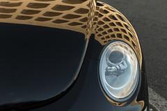 ...un popolo di automobilisti (@ntomarto) Tags: antomarto ntomarto italia italy rome roma eur colosseoquadrato palazzodellaciviltitaliana riflesso reflection mirror car auto quadratodellaconcordia