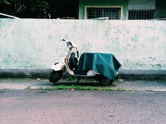 ( (Chiao Hsieh)) Tags: chiaohsieh27 life street vespa wall vsco vscotw vscocam photo photography taiwan taichung       vintage moto