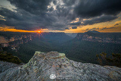 Last Light Grose_.jpg (Gary Hayes) Tags: australia sunsrisesunset grosevalley landscape cloudscapes newsouthwales bluemountains