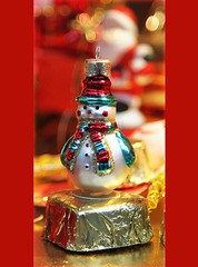 Cheers and happy shoveling! (steffi's) Tags: christmas schweiz switzerland snowman advent suisse svizzera bauble weihnacht christmasornaments schneemann weihnachtsschmuck winterthur zh christbaumkugeln christmasbauble christbaumschmuck
