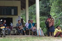 Pak Nam bus station waiting for the wayward bus (CONFOBRU) Tags: van laos kua vieng muang phongsali akhapixo bounneuea