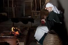 DSC_0101 (smiling_da_vinci) Tags: history crafts medieval archeon themepark prehistory reenacting zuidholland alphenadrijn thenehterlands