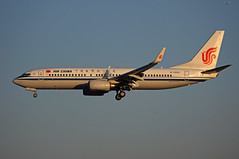 Air China Boeing 737-89L(WL) B-5442 (rickihuang) Tags: china ca sunlight plane airport dusk aircraft aviation air capital beijing international civil  boeing  winglet approach  airliner 737 cca wl  pek    zbaa       89l b5442