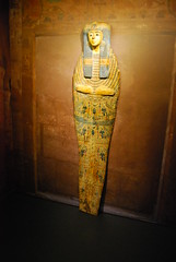 Singer of Amun (konde) Tags: wood plaster tampere ancientegypt vapriikki 21stdynasty mummyboard 22nddynasty thirdintermediateperiod archaeologicalmuseumofflorence muumiotmatkakuolemanvaltakuntaan
