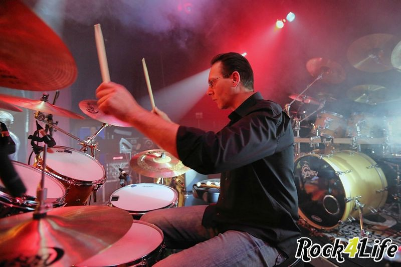 Infloyd  Rock4Life Oudejaarsparty 2012