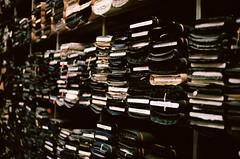 shopping italia - bassetti tessuti (jrobertblack) Tags: film sc analog canon 50mm store kodak ae1 fabric fd50mmf18 400 f18 portra largest fd tessuti noritsu bassetti romes